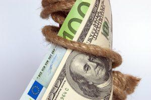 כסף כרוך בחבל